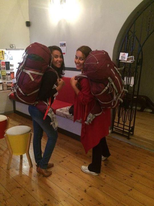Olhem as mochilas gêmeas aí!!!
